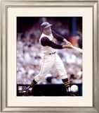 Roberto Clemente - Batting Action Framed Photographic Print