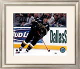 Mike Modano - '05 / '06 Home Action Framed Photographic Print