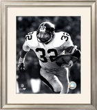 Franco Harris - Rushing With Ball (B&W) Framed Photographic Print