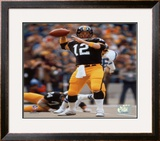 Terry Bradshaw Passing Framed Photographic Print