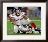 Osi Umenyiora - Super Bowl XLII Framed Photographic Print