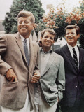 Brothers, John F. Kennedy, Robert Kennedy, and Ted Kennedy, Right, in Hyannis Port, Massachusetts Photographie