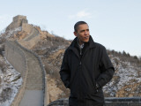 U.S. President Barack Obama Tours the Great Wall in Badaling, China Fotoprint