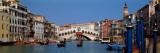 Bridge across a Canal, Rialto Bridge, Grand Canal, Venice, Veneto, Italy Fotografisk tryk af Panoramic Images,