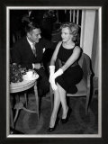Laurence Olivier and Marilyn Monroe in London, 1959 Prints