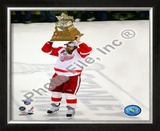 Henrik Zetterberg, 2007-08 Conn Smythe MVP Trophy Winner; 28 Framed Photographic Print