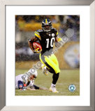 Santonio Holmes 2008 Playoffs Framed Photographic Print