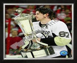 Sidney Crosby With the 2008-09 Prince of Wales Trophy Framed Photographic Print