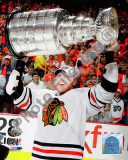 Marian Hossa with the 2009-10 Stanley Cup Photo