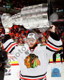 Antti Niemi with the 2009-10 Stanley Cup Photo
