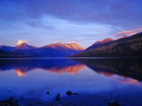 Sunset Colors the Peaks over Kintla Lake in Glacier National Park, Montana, USA Stampa fotografica di Chuck Haney