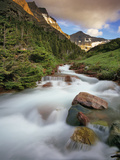 Baring Creek with Going to the Sun Mountain in Glacier National Park, Montana, USA Stampa fotografica di Chuck Haney