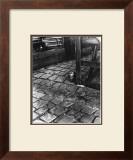 Dans la Cours, 255 Avenue Alesia, c.1947 Prints by  Izis