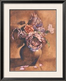 Vintage Chic Roses I Prints by Linda Hanly