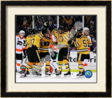 Johnny Boychuk, Mark Recchi, David Krejci,Patrice Bergeron, & Derek Morris Celebrate Recchi's Goal Framed Photographic Print