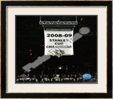 The Pittsburgh Penguins raise their 2008-09 Stanley Cup Champions Banner Framed Photographic Print