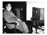 John Logie Baird Watching Stereoscopic Television, 1942 Giclee Print