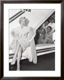 Marilyn Monroe in Airport Art by Sam Schulman