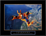 Teamwork: Skydivers Prints
