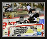 Sidney Crosby Celebrates his 100th Career NHL Goal Framed Photographic Print