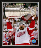 Kris Draper with the Stanley Cup, Game 6 of the 2008 NHL Stanley Cup Finalsl; 33 Framed Photographic Print