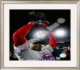 Ryan Howard with 2008 World Series Trophy Framed Photographic Print