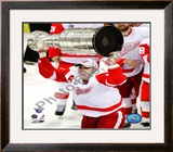 Henrik Zetterberg with the Stanley Cup Game 6 of the 2008 NHL Stanley Cup Finals; 27 Framed Photographic Print