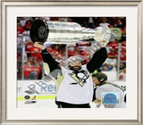 Bill Guerin Game 7 - 2008-09 NHL Stanley Cup Finals With Trophy Framed Photographic Print