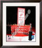 The Detroit Red Wings with the 2007-08 Stanley Cup Championship Banner Framed Photographic Print