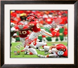 Dwayne Bowe 2009 Framed Photographic Print