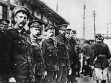 English Prisoners at a Train Station to Be Taken Back to Germany During World War I Photographic Print by Robert Hunt