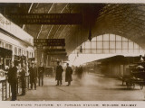 Departure Platform, St Pancras Station, London. Midland Railway Papier Photo
