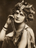 Lily Elsie - Headdress Photographic Print by Vanessa Wagstaff