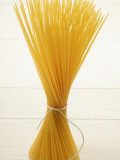 Close-Up of Bundle of Spaghetti Fotografisk tryk