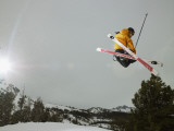 Skier Doing Freestyle Jump in Air Photographie