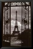 Eiffeltornet genom grinden|Eiffel Tower Through Gates Affischer av Alexandre-Gustave Eiffel