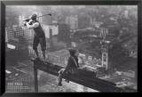 Männer auf einem Stahlträger Kunstdrucke