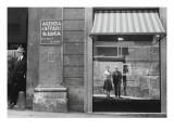 Brassaï et Gilberte à Genova Giclee Print