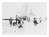 Scène de plage avec bateau Giclee Print