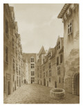Pau: Inside the Courtyard of the Castle of Henry Iv Giclee Print