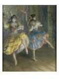 Deux danseuses espagnoles, sur scène, jouant des castagnettes Giclee Print by Juan Roig y Soler
