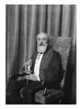 Le peintre Paul Chabas(1869-1937), en costume d'académicien Giclée-Druck von François Vizzavona
