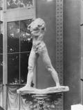 L'Homme qui marche / Rodin. plâtre, 1887 (Pavillon de l'Alma, Exposition Universelle 1900) Gicléetryck av Auguste Rodin