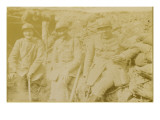 Photographie de Dominique Moreau-Nelaton et de deux soldats dans les tranchées Giclee Print by Etienne Moreau-Nelaton