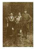 Photographie d'Etienne Moreau-Nelaton, de ses deux filles et de son fils Giclee Print by Etienne Moreau-Nelaton