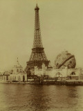 Paris, 1900 World Exhibition, The Eiffel Tower and the Grand Globe Céleste Photographie par Brothers Neurdein