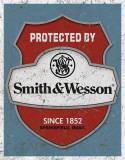 Smith & Wesson - Protected By Plechová cedule