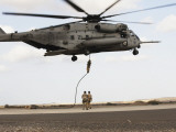 Air Force Pararescuemen Conduct a Combat Insertion and Extraction Exercise in Djibouti, Africa Fotografisk tryk
