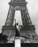La Tour Eiffel En Libert, 1969 Lmina por Robert Doisneau