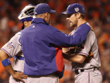 Texas Rangers v San Francisco Giants, Game 1: Cliff Lee, Mike Maddux Photographic Print by Jed Jacobsohn